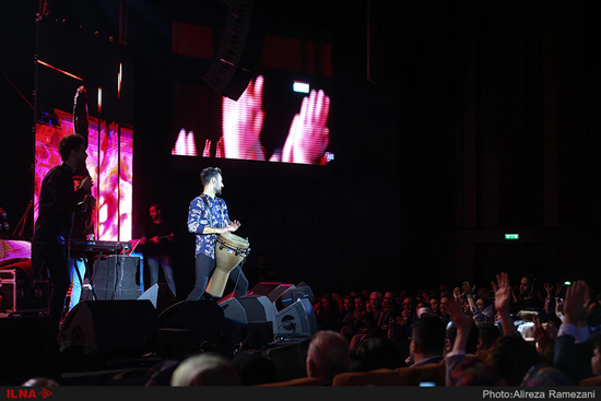 کنسرت حمید هیراد در برج میلاد
