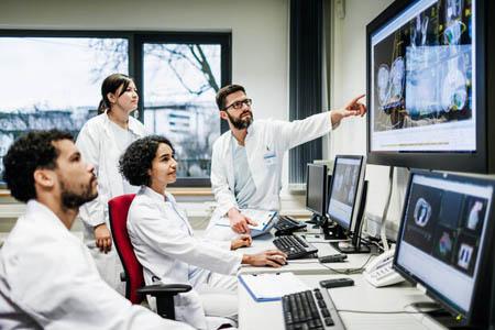 دسترسی به سوابق پزشکی بیمار در گوگل