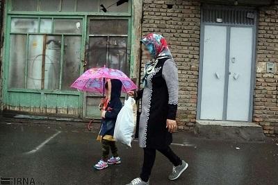 ۳۰ هزار زن سرپرست خانوار در نوبت بهزیستی
